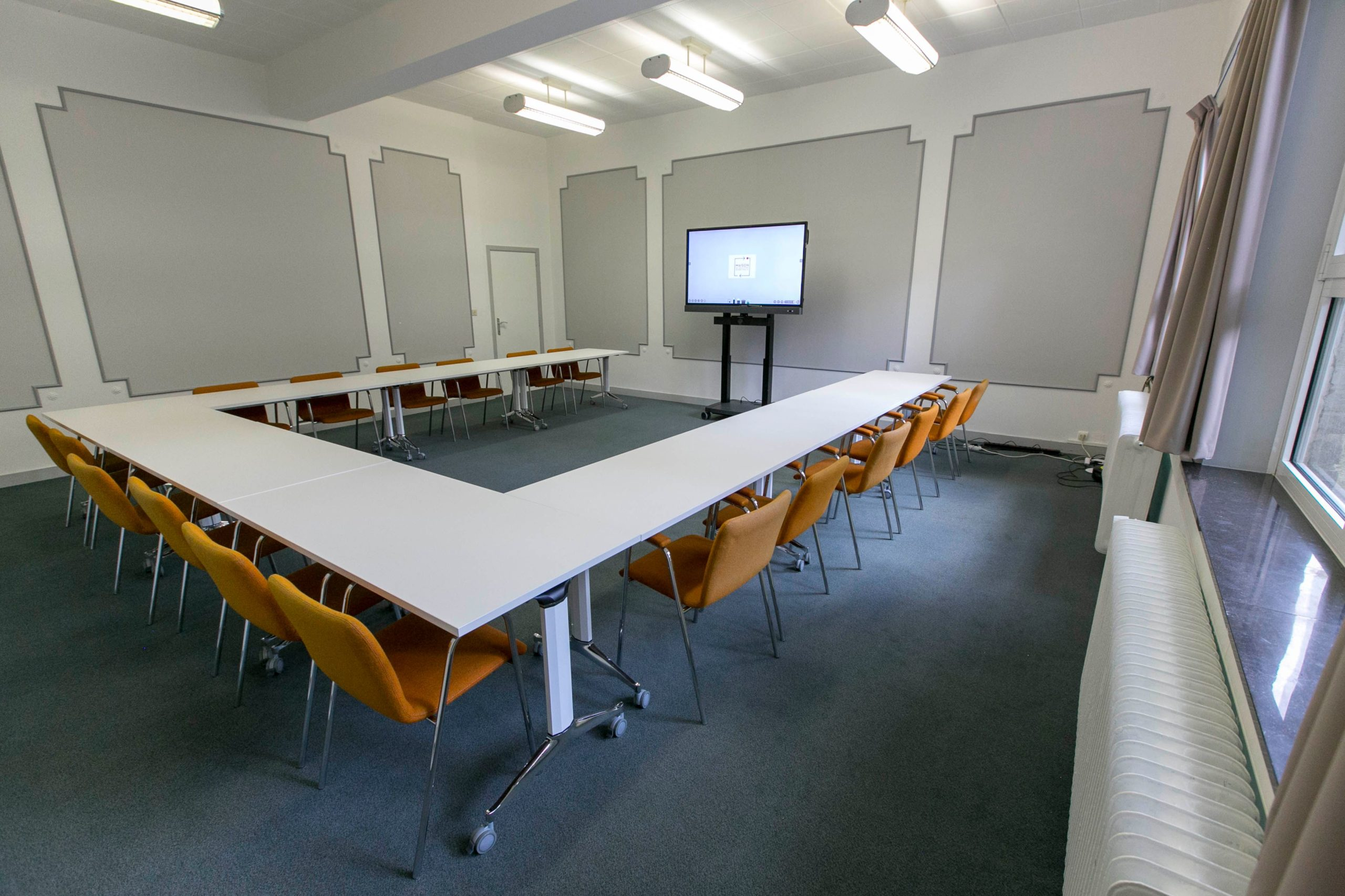 Meeting room - Maison des associations internationales - M.A.I.